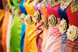 traditional-Thai-dresses1.jpg